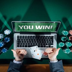 4 Strategi Menang Taruhan Poker IDNPLAY Terpercaya